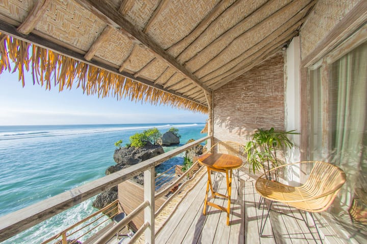 Le Cliff Bali: Seaview from your bed!