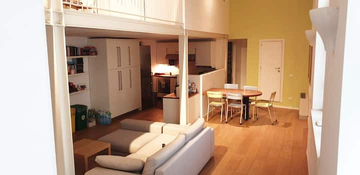 Cozy loft bedrooms near Duomo, Naviglio and Fiera