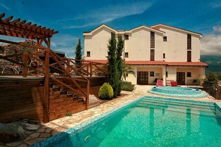 Villa California 3 звезды - Kavač - Reihenhaus