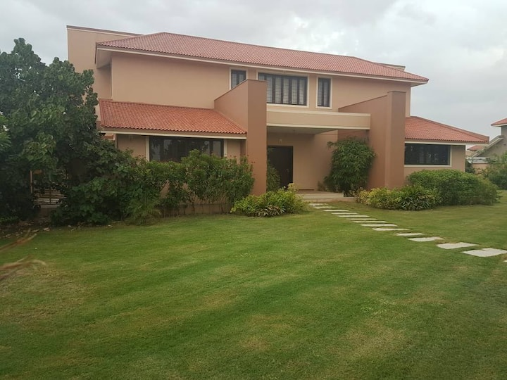 Golf Villa Near Ahmedabad
