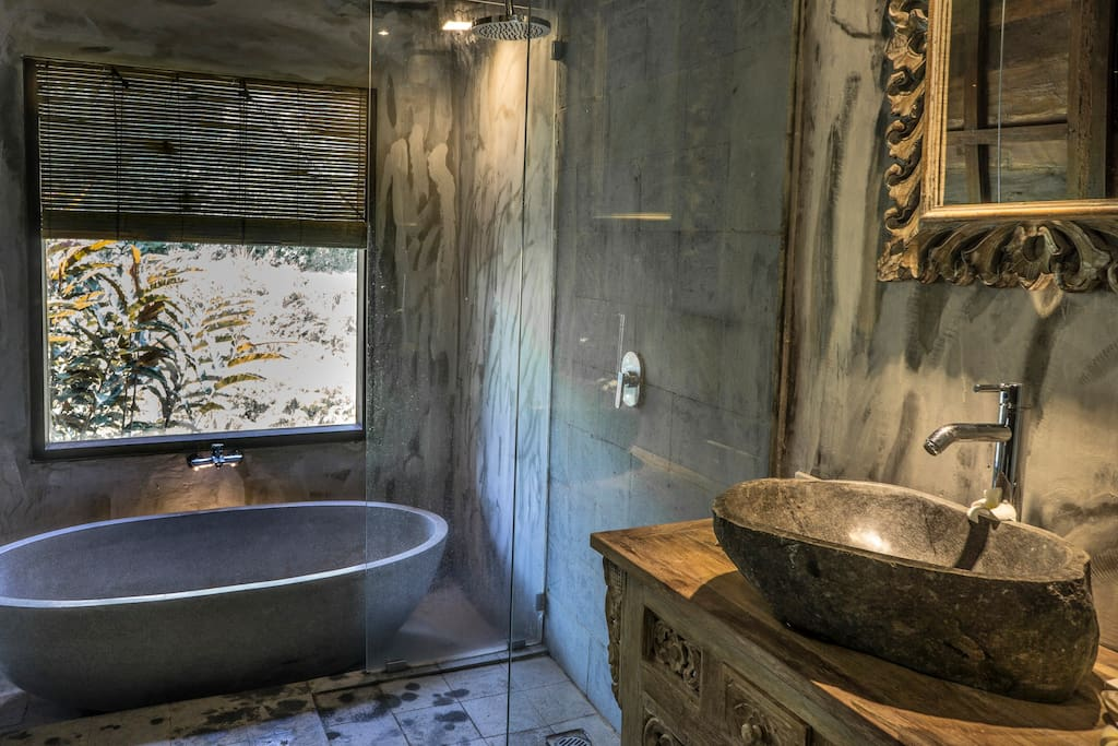 separate shower and bathtub