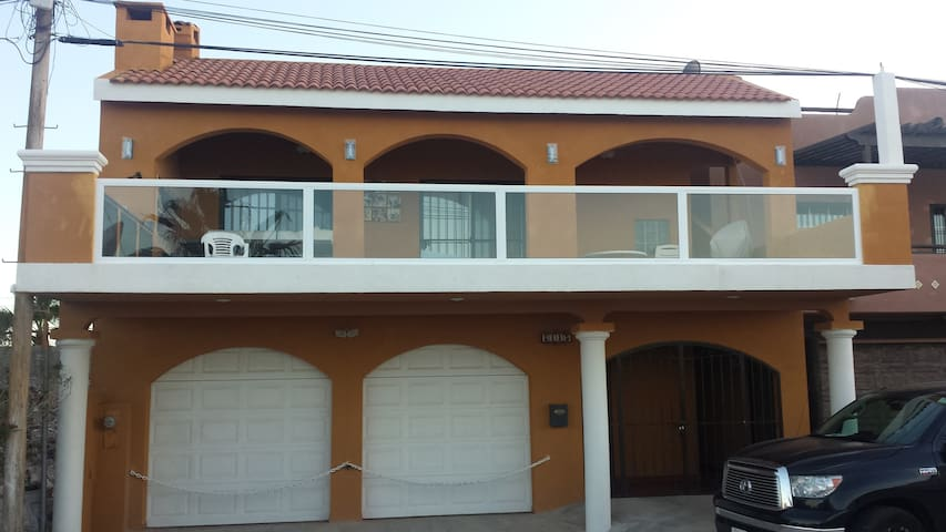 BEACH HOUSE WITH AMAZING OCEAN VIEW!!! - San Felípe - Ev