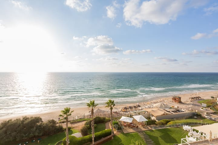 Beautiful Beach Apartment - Herzliya - Departamento