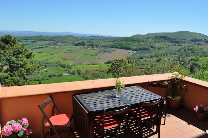 HUGE Terraces&Tuscan View Downtown - Montepulciano - House