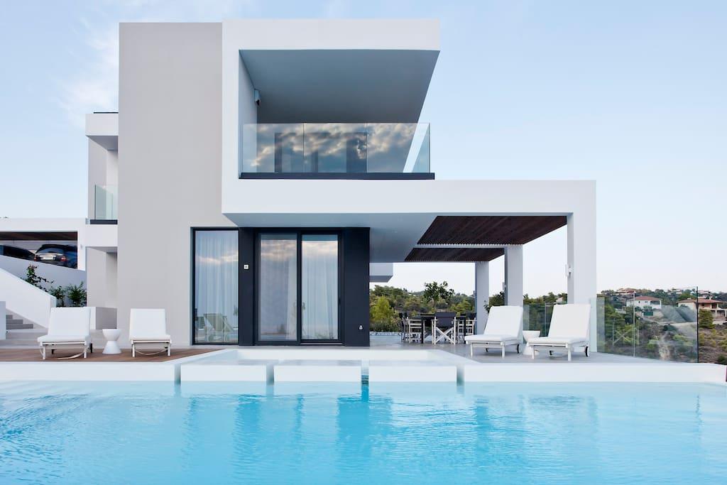Epsilon Horizon villa