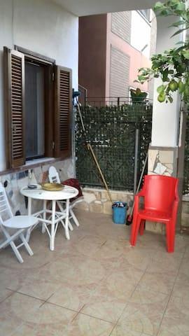 Int.casa centro cisterna di latina - Cisterna di Latina - Apartment