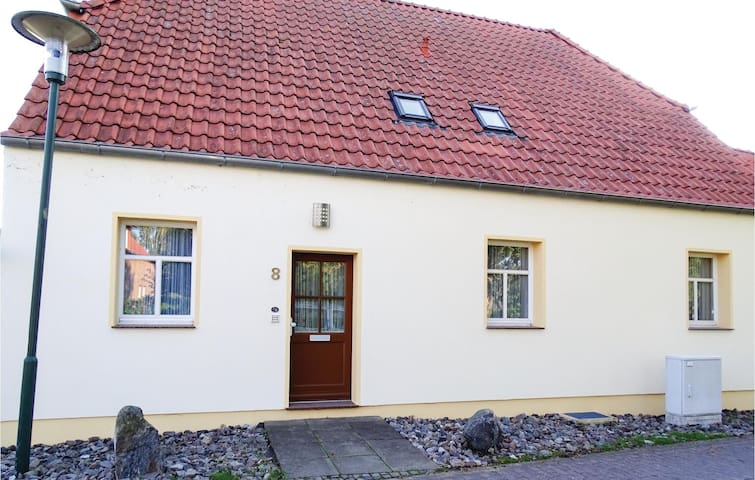 Holiday apartment with 1 bedroom on 40m² in Insel Poel