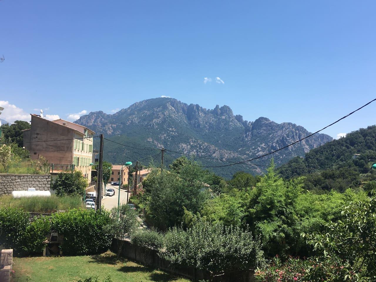Vue sur la  montagne «sposata» depuis votre terrasse