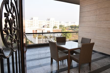 Amber-Pari Party Place (5bhk on 1st & 2nd floor)