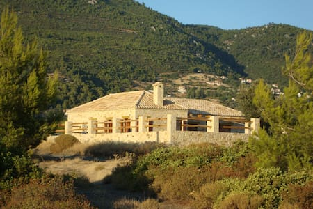 A Stone Cottage with Pool on the Island of Evia - Nerotrivia