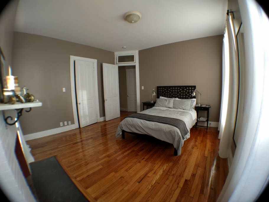 charming victorian near wooster sq apartments for rent in new haven connecticut united states. Black Bedroom Furniture Sets. Home Design Ideas