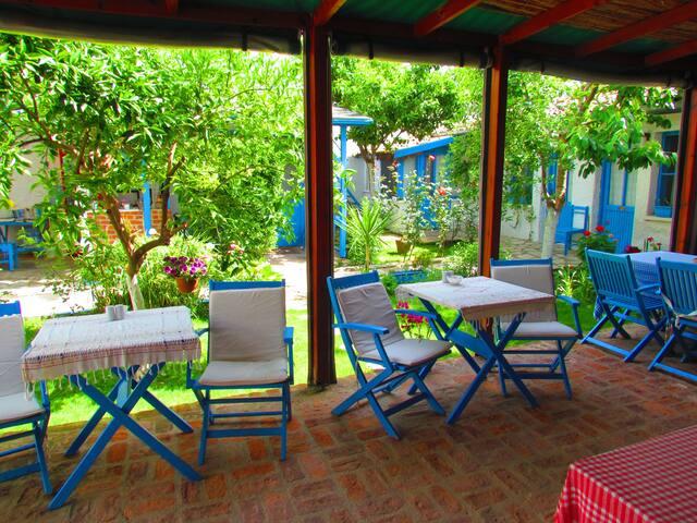 Garden , Breakfaast Area and Rooms