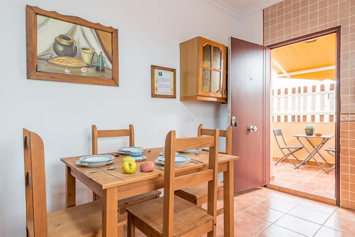 Charming Apartment Victoria with Wi-Fi & Terrace; Parking Available
