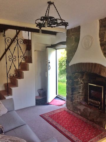 Country Cottage - private annexe
