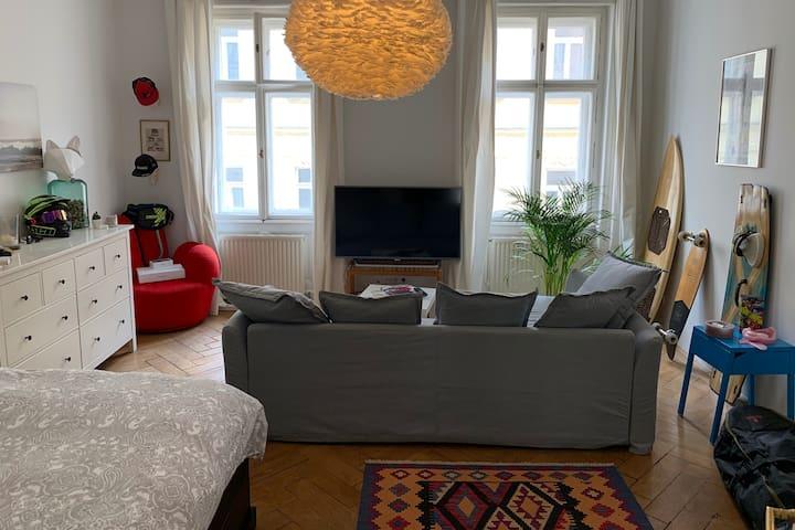 Central/Comfortable 2br Apt on Mariahilferstraße