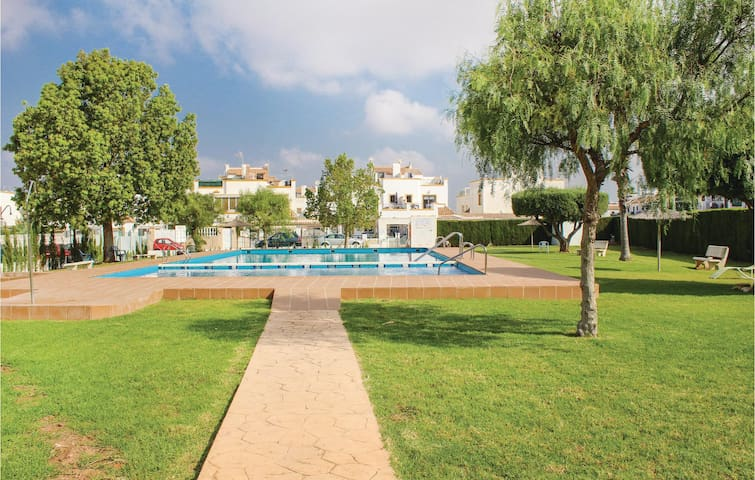 Terraced house with 3 bedrooms on 95m² in Torrevieja