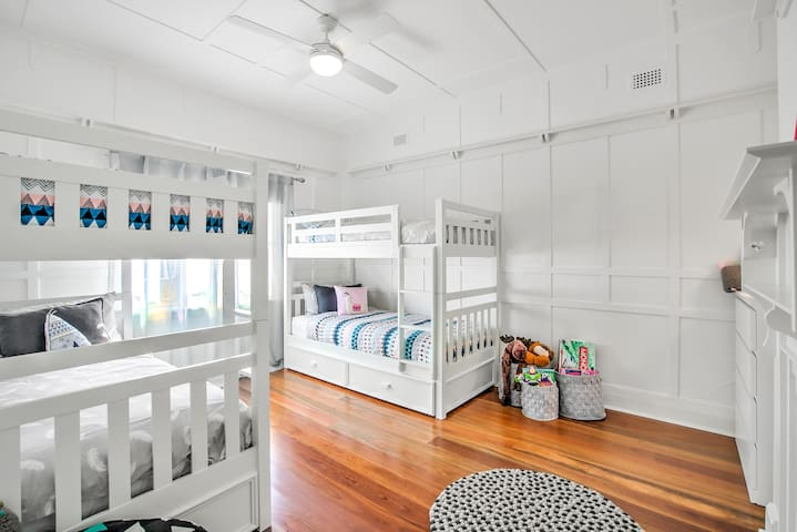 Large kids bedroom, perfect for rest and play