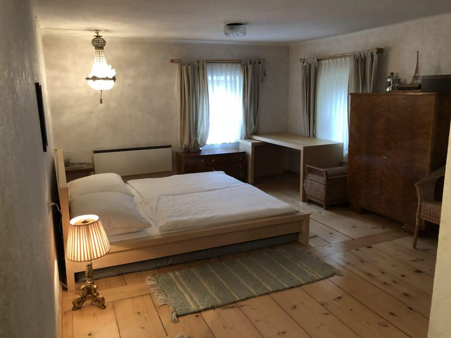 Large bedroom (1) with beautiful garden view