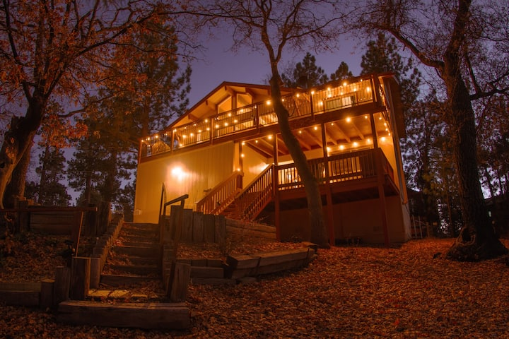 *NEW*Big Bear Family Retreat!! Fireplace & Jacuzzi