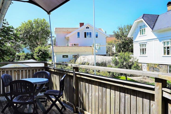 4 person holiday home in FOTÖ/VÄSTRA GÖTALAND