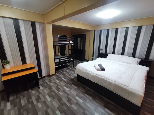 Triple room in chinang mai center