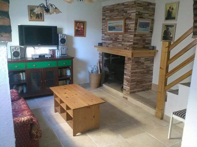 Modernised 3 bedroom house in Andalucia