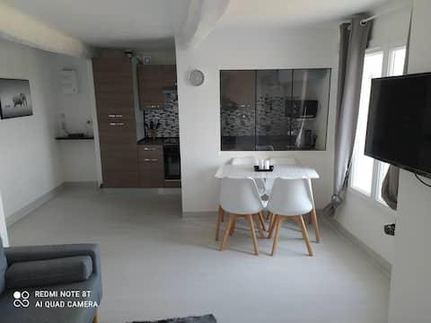 Appartement 3 pièces dans petit village provençal