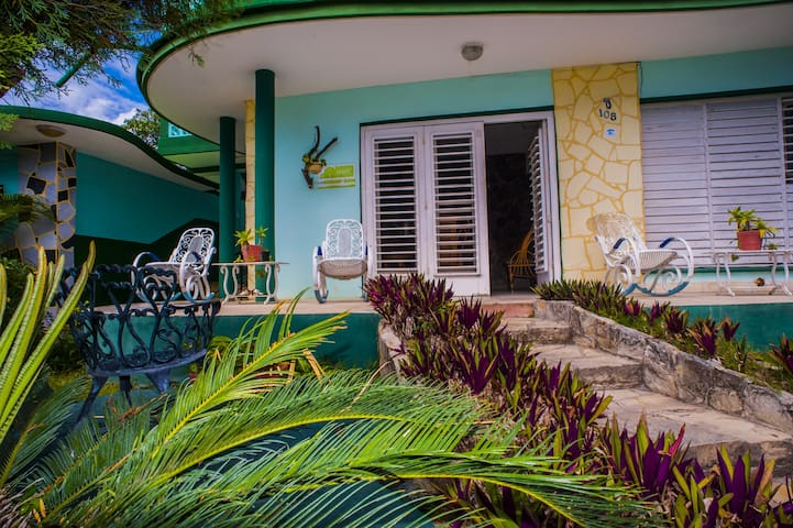 Huge and Stunning House 30m From Varadero Beach-2