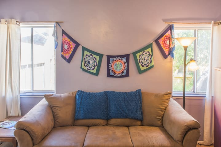 Charming 1 Bedroom near Downtown - Tucson - Apartment