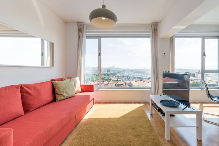 GuestReady  - Nightingale Sur Douro River