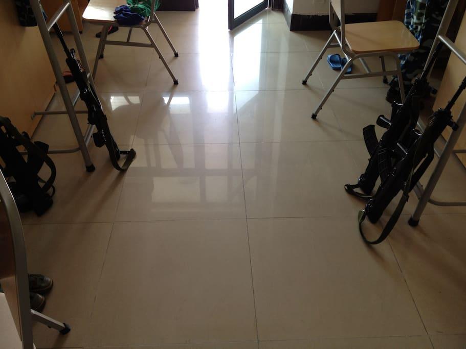 地板整洁干净