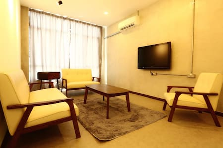 H BY NOBITA HOMESTAY- SEAVIEW BOUTIQUE BED
