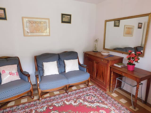 2 bed riverside cottage in Normandy - Campeaux - Talo