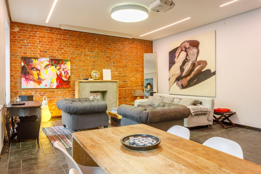Cosy art loft ap in old building lofts for rent in for Ap lofts