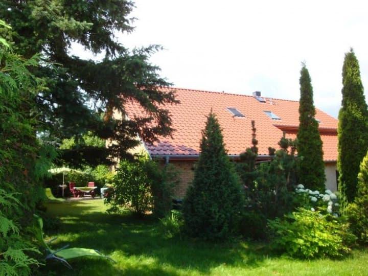 Viel Platz und Erholung auf dem grünen Hof