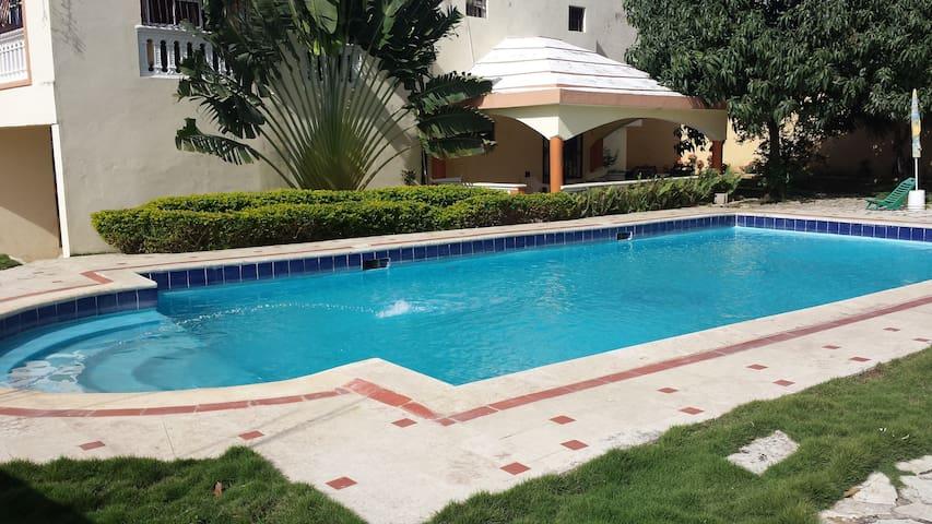 Hab Baño privado, Desayuno Incluído - San Cristobal - Hus