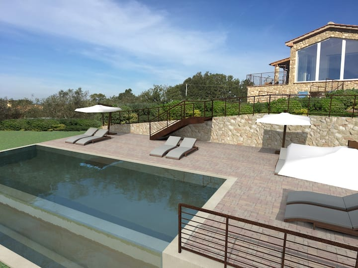 Private Tuscan villa with private swimming pool