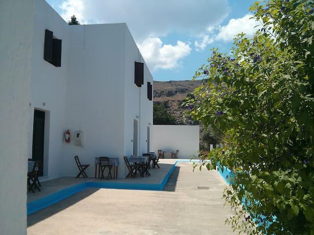 Three Brothers Studios, Studio 1 - Lindos - Apartment