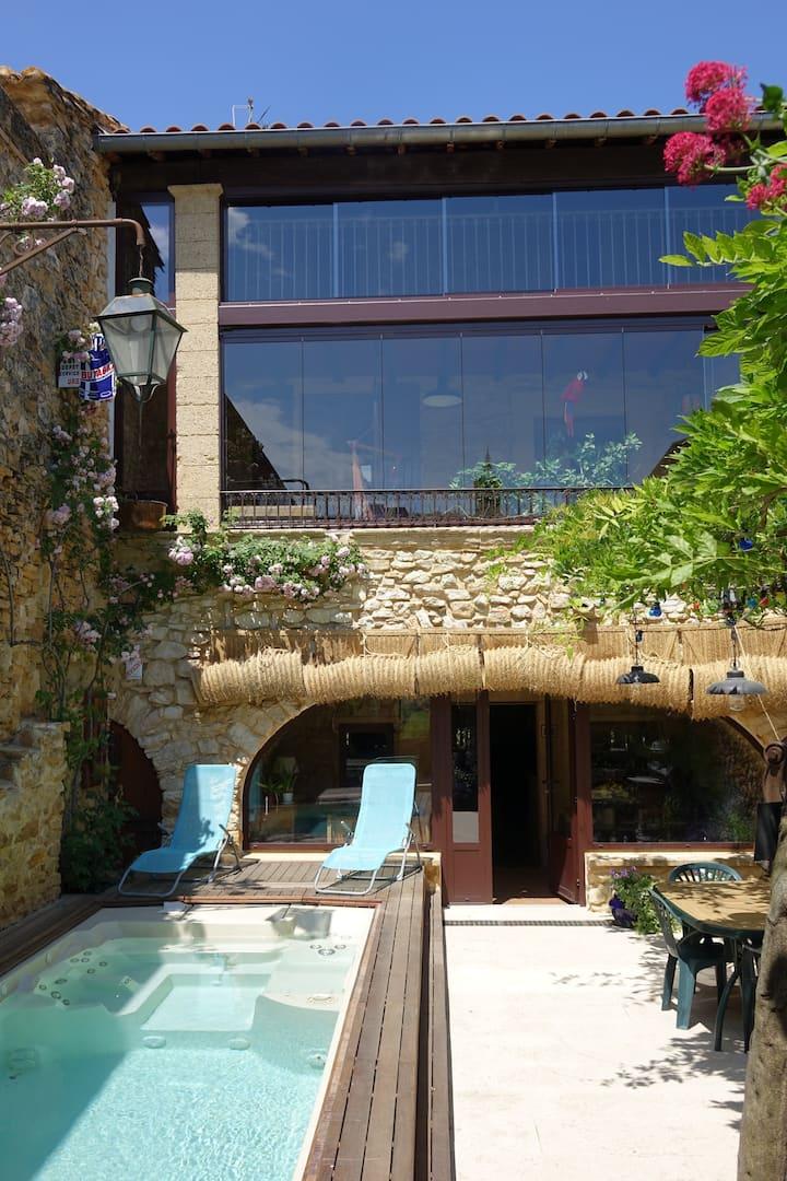 Maison de village pittoresque proche d'Avignon