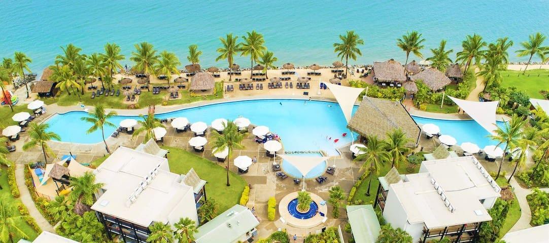 Tropical Island Escape Holiday [sleeps 6]