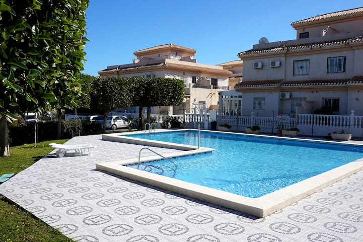 Belle villa, piscine, plage à 800m - Orihuela - Villa