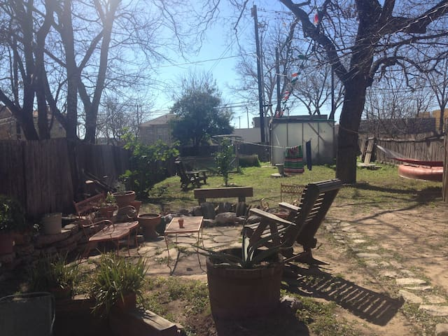 Very large backyard, BBQ, fire pit, hammock, plenty of outdoor seating, privacy.