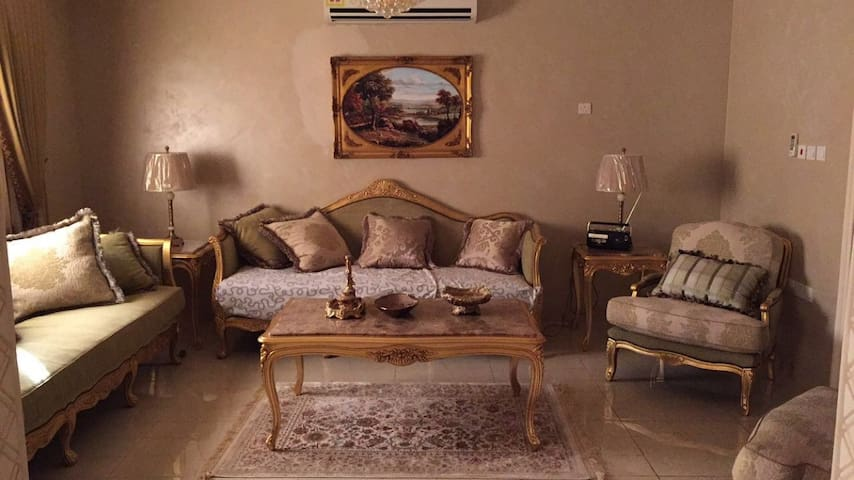 a luxary apartment in makkah - Mecca - Apartamento