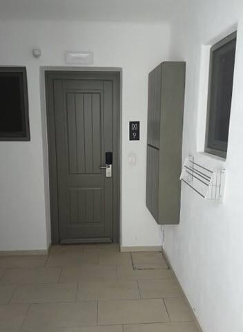 είσοδος/ entrance