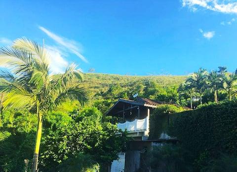 Ocean View Cottage in Angra dos Reis