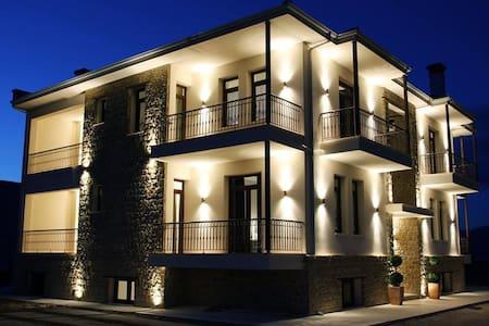 villa del lago boutique hotel