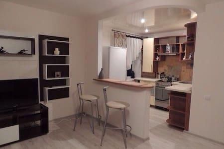 Уютная квартира-студия - Minsk - Wohnung