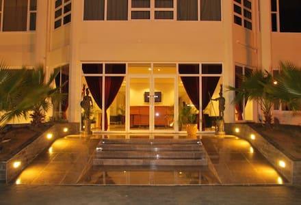 The mansion suites luxury rooms - Paramaribo