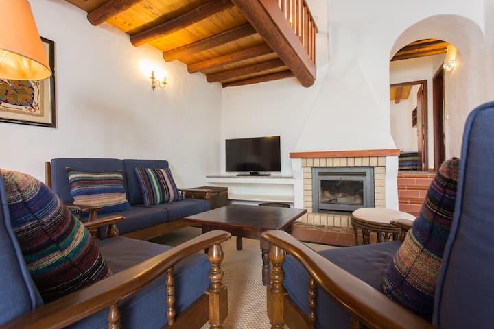 New!! Casas da Capela do Monte, Casa da Oliveira