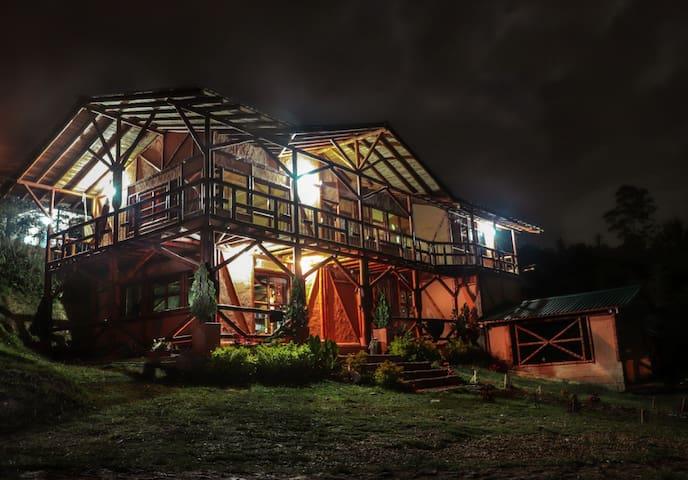 Casa Montuna, habitación compartida